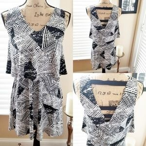 Womans metaphor black white layered dress size s/c
